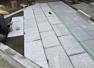石張り工事